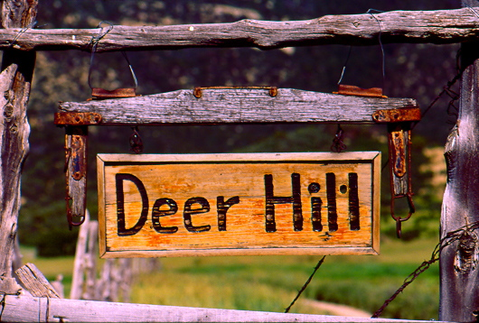 deerhillsign