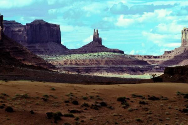 Canyon vista 1000x500