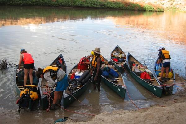 Loading Canoes 1000x750