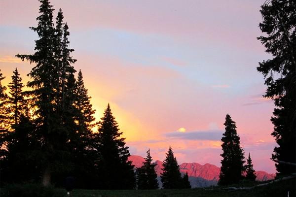 Mountain sunset 1000x750