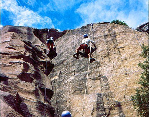 Rock climbing 1000x700