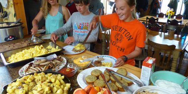 basecamp breakfast 1000x750