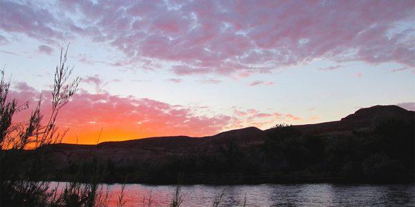 Water sunset 1000x750