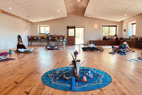 Yoga Retreat Meeting Space – Deer Hill Expeditions